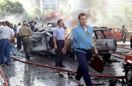 Palermo-  Via D'Amelio - Il 19 luglio 1992 persero la vita il giudice Paolo Borsellino e gli uomini della scorta. In quel giorno fu fatta sparire l'agenda del giudice colma di appunti fondamentali per le indagini antimafia
